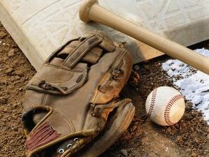 Ball-glove-base-group